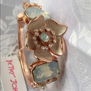 Betsey Johnson White Flower Hinged Bracelet